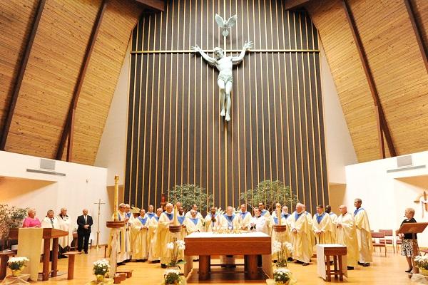 Jubliarian Mass 2015 600 x 400